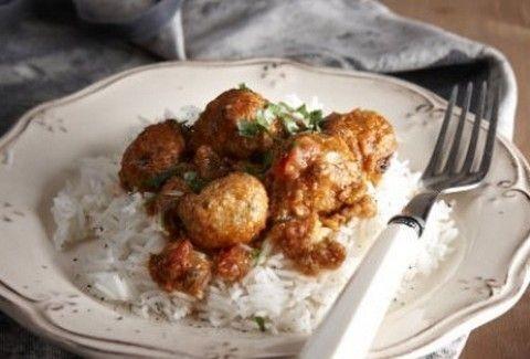 Ένα πεντανόστιμο και διαφορετικό πιάτο! Κεφτεδάκια κοτόπουλου με γλυκόξινη σάλτσα ντομάτας!