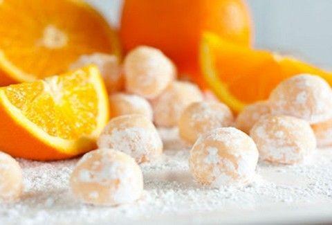 Σήμερα φτιάχνουμε τρουφάκια με λευκή σοκολάτα και πορτοκάλι! - Δοκιμάστε τα!
