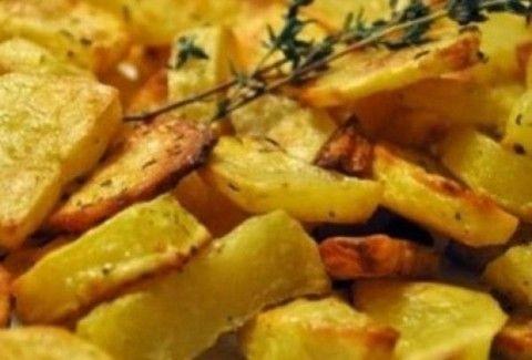 Η πιο τραγανές και νόστιμες πατάτες τηγανιτές στο... φούρνο!
