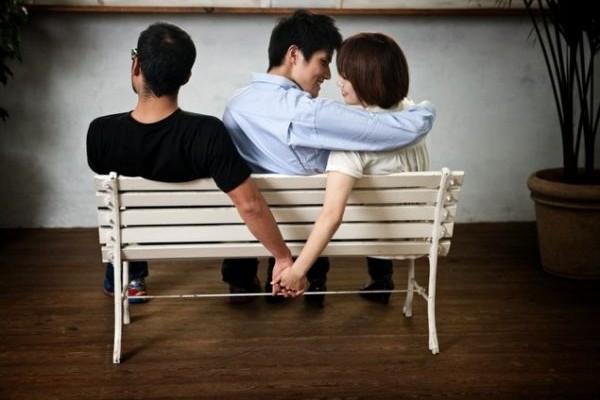 ΖΩΔΙΑ και έρωτας: Πώς αντιδρούν στα ερωτικά διλήμματα;