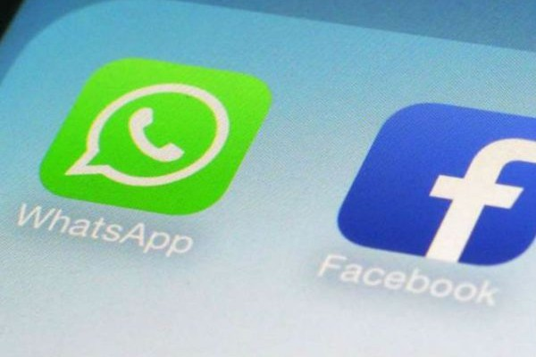 Τι νέο μπαίνει στο Facebook, που έχει να κάνει με το WhatsApp;