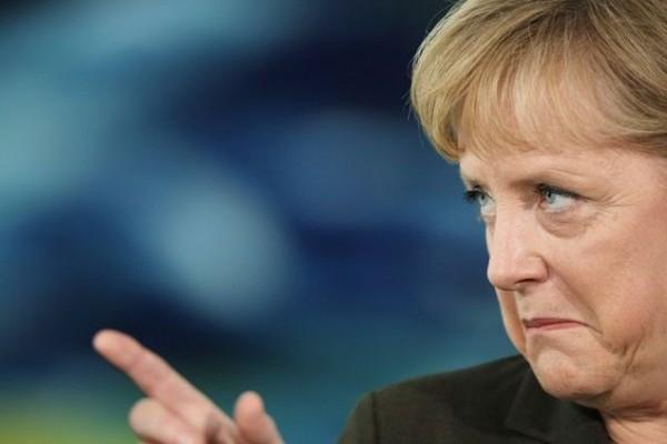Να δείτε που θα γίνουμε και... κολλητοί: Η Μέρκελ το παίρνει πάνω της για να σώσει την Ελλάδα!
