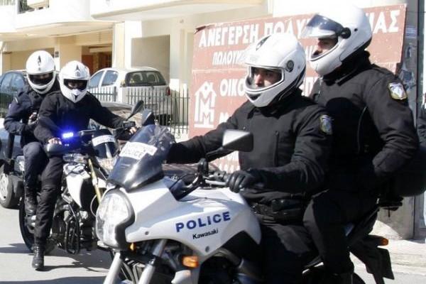 Χαμός στο Ζωγράφου: Ένοπλος Αλβανός μπούκαρε σε super market και πήρε όμηρους τους υπαλλήλους!