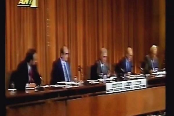 Το πρώτο ελληνικό debate: Παπανδρέου, Μητσοτάκης και Φλωράκης αντιμέτωποι στις  12 Μαρτίου 1990! (ΒΙΝΤΕΟ)