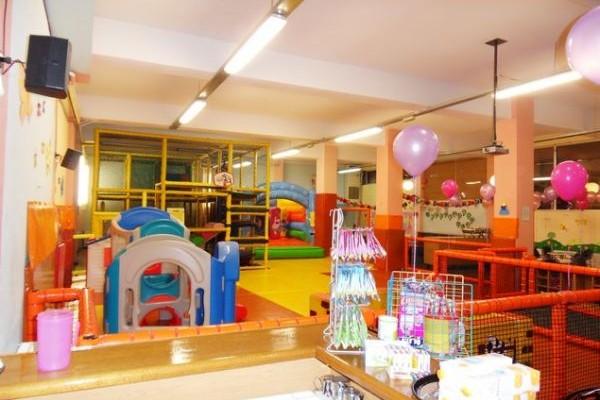 Το Σπίτι της Χαράς: Μια χαρούμενη γειτονιά για κάθε παιδάκι!