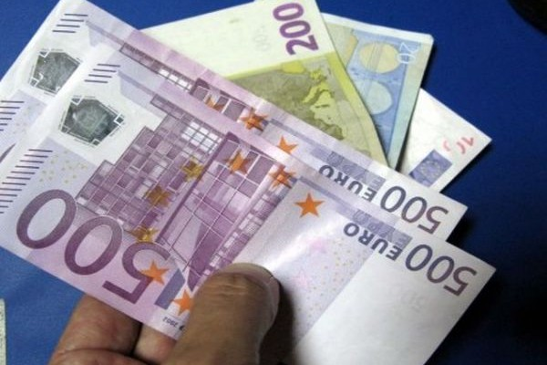 Δεν είναι ανέκδοτο: Ποιοι θα πάρετε αύξηση μέχρι και ... 800 ευρώ στον μισθό σας;