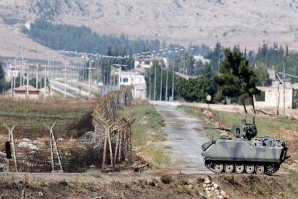 Ραγδαίες εξελίξεις: Τανκς στα σύνορα με την Συρία στέλνει ο Ερντογάν! (PHOTOS)
