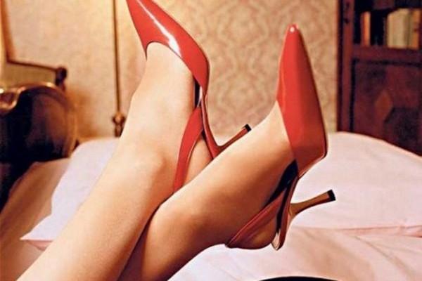 Το σεξουαλικό παιχνίδι με τα δάχτυλα των ποδιών: Πώς να το κάνεις