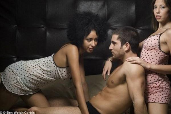 Όλη η αλήθεια για το ομαδικό σεξ και η λεπτομέρεια που ποτέ δεν είχες φανταστεί