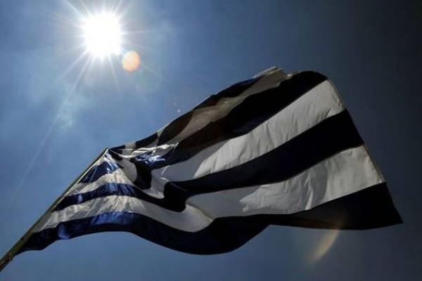 Η ιστορία της γαλανόλευκης! Πως καθιερώθηκε σαν σύμβολο όλων των Ελλήνων και από που προήλθε η ιδέα;