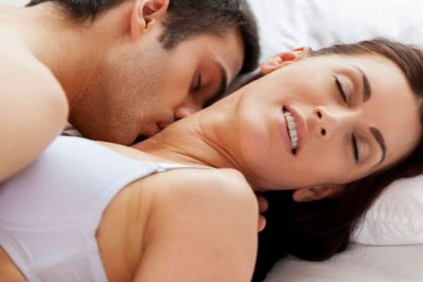 Τι θέλουν οι γυναίκες από τους άντρες στη μάχη του… στοματικού!