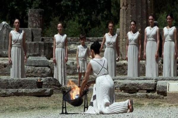 Δείτε σε απευθείας μετάδοση την τελετή αφής της Ολυμπιακής Φλόγας: Η Αρχαία Ολυμπία στο επίκεντρο του πλανήτη!