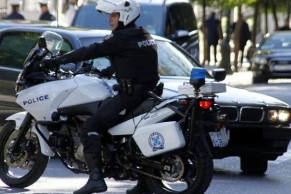 Πυροβόλησαν τον διευθυντή του νοσοκομείου της Νίκαιας! Του έστησαν ενέδρα στην Λεωφόρο Κηφισού!