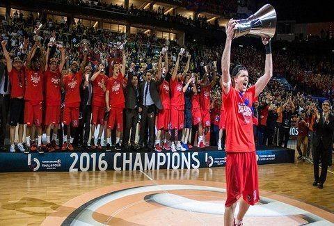 Πρωταθλήτρια Ευρώπης Η ΤΣΣΚΑ μετά από επική ματσάρα! Δεύτερος Έλληνας που το σηκώνει ο Ιτούδης