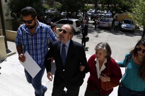 Πόρισμα καταπέλτης για τον Ανδρέα Μαρτίνη: Ο Ερυθρός Σταυρός του πλήρωνε διαμονή χιλιάδων ευρώ σε πολυτελή ξενοδοχεία και τριήμερα στην Αράχωβα