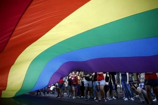ΔΕΙΤΕ: Αυτό είναι το σποτ του Athens Pride που απορρίφθηκε από το ΕΣΡ! (VIDEO)