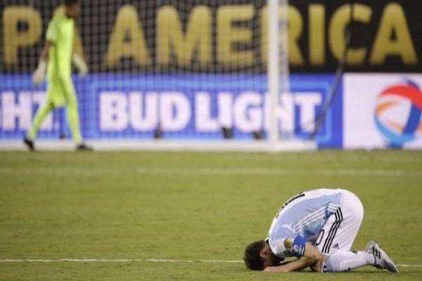 Copa America: Στο ίδιο έργο θεατές! Το σήκωσε ξανά η Χιλή με μοιραίο τον Μέσι για την Αργεντινή! (VIDEO)