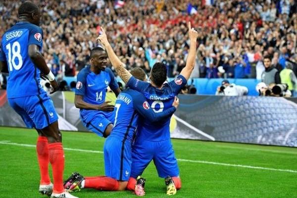 Το όνειρο έγινε εφιάλτης: Η Γαλλία διέλυσε με 5-2 την Ισλανδία