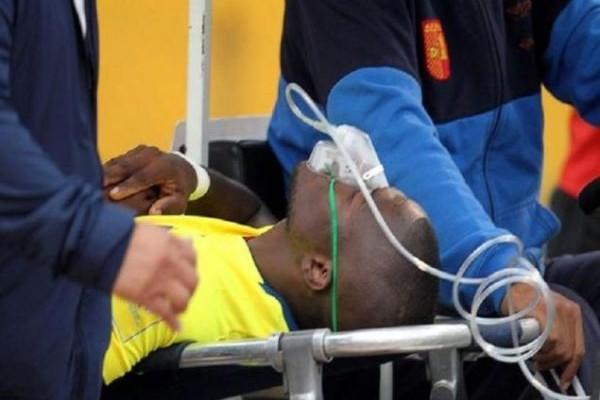 Απίστευτο: Διάσημος ποδοσφαιριστής κάνει τον... ψόφιο για να μην συλληφθεί! Το βίντεο που κάνει τον γύρο του κόσμου