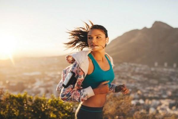 Η άσκηση που καίει 6 φορές περισσότερες θερμίδες από το τρέξιμο! Εφαρμόστε την!
