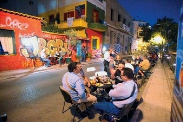 Άστεγοι στην Αθήνα έφτιαξαν το δικό τους ουζερί! Ένα από τα πιο ξεχωριστά στέκια της Αθήνας!