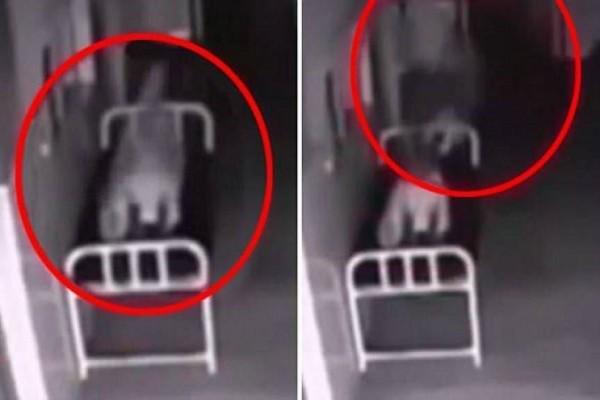 Μυστηριώδη πλάνα φαίνεται να δείχνουν γυναίκα έξω από το σώμα της μετά το θάνατό της (video)