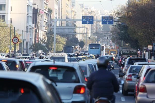 Μεγάλη προσοχή: Έκλεισαν μεγάλη λεωφόρο στο κέντρο της Αθήνας! Ουρές χιλιομέτρων