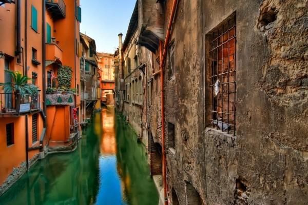 Μπολόνια: Σου παρουσιάζουμε μία από τις καλύτερες «κουζίνες» (και όχι μόνο) της Ευρώπης (photos)