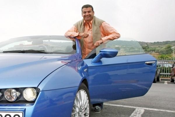 Σοκαριστικό ατύχημα για τον Γιώργο Λιάγκα! Παραλίγο να καεί ζωντανός μέσα στο νέο αμάξι του!