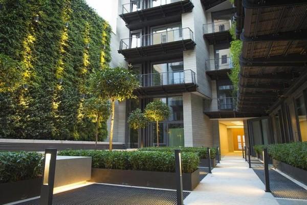 Ρώμη με την οικογένεια; Η Τίτη Βελοπούλου πέτυχε για εσάς jackpot! Εκπληκτικό διαμέρισμα στο κέντρο σε ΑΠΙΣΤΕΥΤΗ τιμή, μόνο για σήμερα!