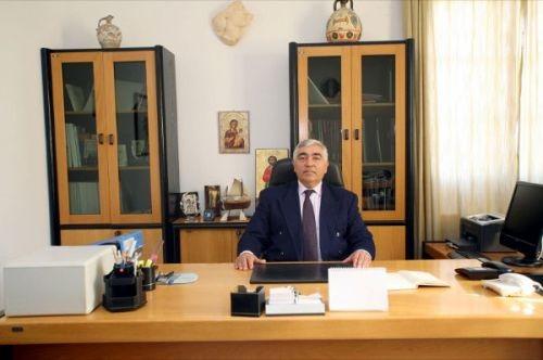 Ο Δήμαρχος της Μήλου που αρνήθηκε να πληρώσει εισιτήριο στον Λούβρο! Η υπόσχεσή του να επιστρέψει την Αφροδίτη εκεί που ανήκει