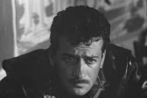 «Βρέχει στη Φτωχογειτονιά»: Η συγκλονιστική ιστορία πίσω από το τρομερό τραγούδι της ταινίας του Αλέκου Αλεξανδράκη!
