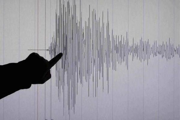 Χτύπησε ο Εγκέλαδος: Σεισμός στη χώρα τα ξημερώματα!