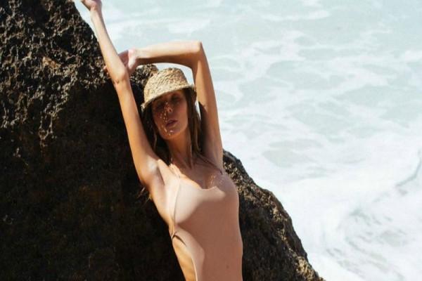 Έρχεται το… γυμνό μαγιό, που θα στείλει για κρύα ντους κάθε λουόμενο φέτος το καλοκαίρι! (photos)
