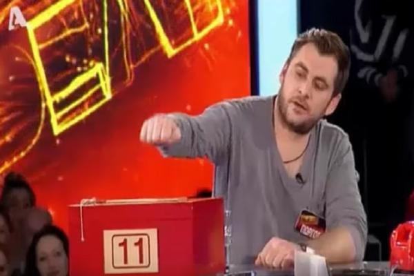 Deal: Πήρε τα ρίσκα του και κατατρόπωσε τον τραπεζίτη! (video)
