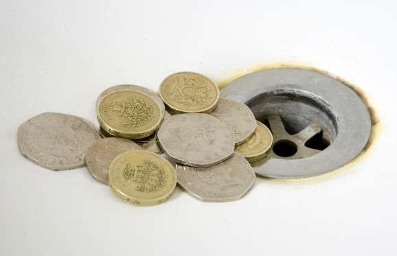 Δώστε βάση: 24 πράγματα στα οποία πετάτε άσκοπα τα χρήματά σας!