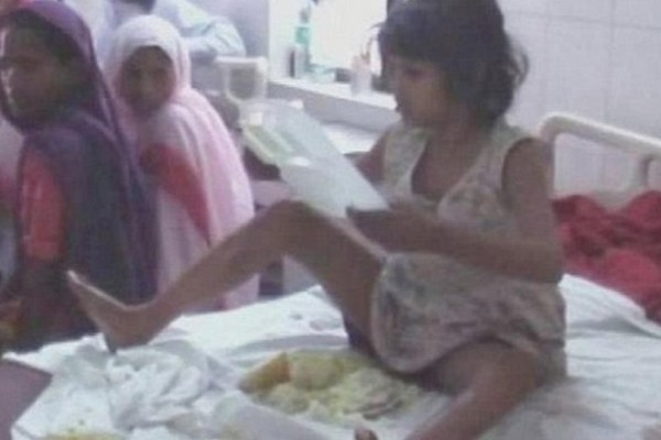 Βρέθηκε κοριτσάκι - Μόγλης σε ζούγκλα! Πώς κατάφερε να επιβιώσει; (video)
