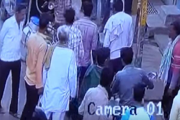 Τραγικό: Οδηγός σκότωσε οδηγό με... τούβλο στο κεφάλι! (video)