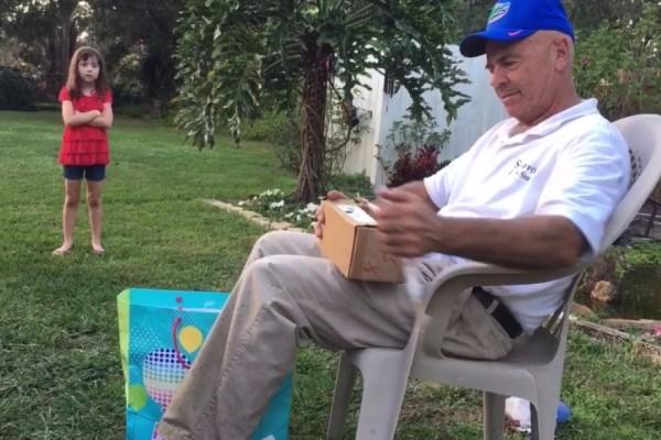 Η στιγμή που ένας 66χρονος βλέπει χρώματα για πρώτη φορά στην ζωή του! (video)