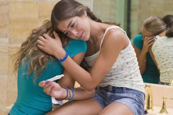 Στοιχεία σοκ: Πάνω από 30.000 κορίτσια κάτω των 16 υποβάλλονται κάθε χρόνο σε έκτρωση