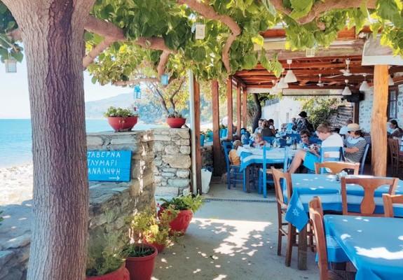 Για τις... αποδράσεις σας: Τα 10+1 αγαπημένα εστιατόρια και ταβέρνες εκτός Αθηνών!