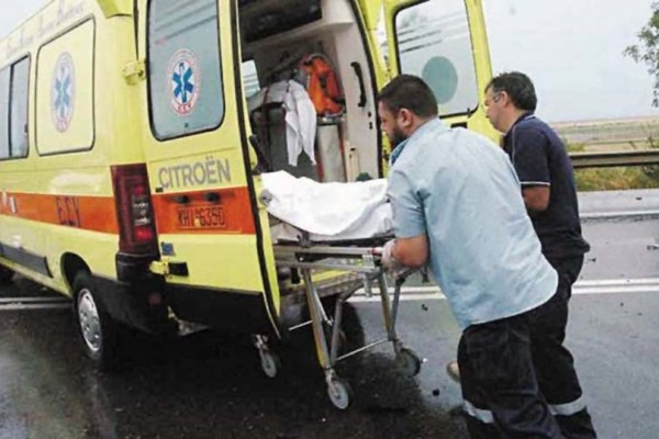 Νέα τραγωδία πριν λίγο στη χώρα: Σύγκρουση δίκυκλου με Λεωφορείο! Νεκρός 39χρονος οδηγός