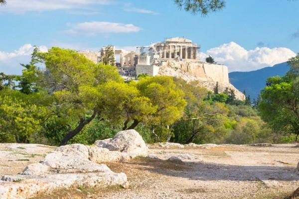 Ξεμείνατε στην Αθήνα; Μη σκάτε. Σας έχουμε τις καλύτερες ιδέες για Πρωτομαγιά στην πρωτεύουσα