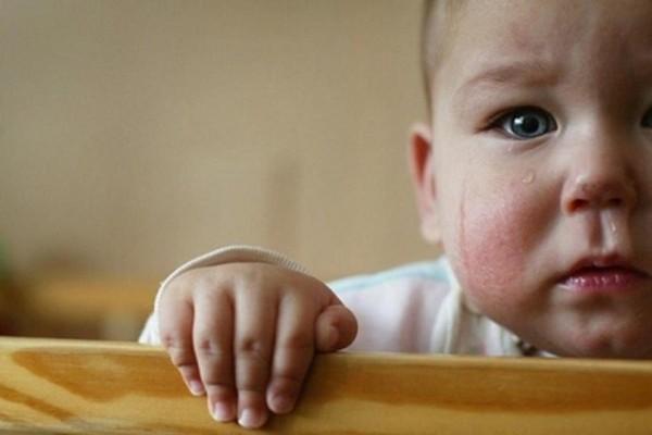 «Όλα τα μωρά φεύγουν, εγώ μόνο μένω»: 3 συγκινητικές ιστορίες παιδιών προς υιοθεσία!