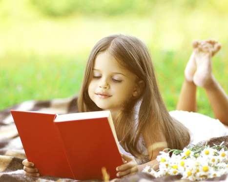 Γονείς δώστε προσοχή: Όλα όσα πρέπει να γνωρίζουν οι κόρες σας μέχρι τα 10!