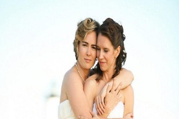 Όταν η Μαρία και η Όλγα επέλεξαν να γίνουν ζευγάρι...