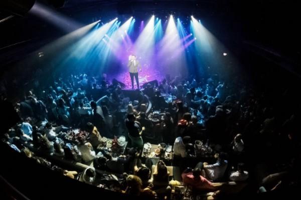 Βόμβα: Λουκέτο σε νυχτερινό κέντρο που εμφανίζεται πασίγνωστος Έλληνας τραγουδιστής!