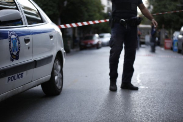 Ασύλληπτη τραγωδία στον Βόλο: 72χρονη έπεσε στο κενό από ταράτσα!