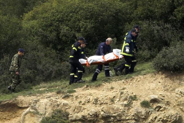 Η τελευταία πράξη του δράματος: Κηδεύονται σήμερα και αύριο οι στρατιωτικοί που σκοτώθηκαν από την πτώση του ελικοπτέρου!