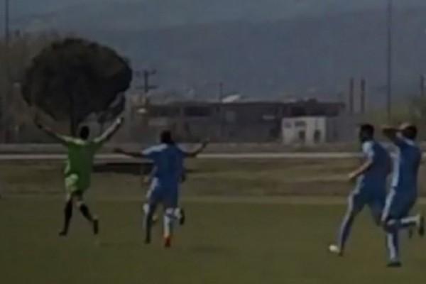 Ασύλληπτο γκολ με τακουνάκι από τον τερματοφύλακα του ΠΑΣ Γιάννενα! (video)